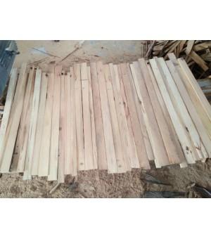 本厂大量供应旧料松木拼板板芯条