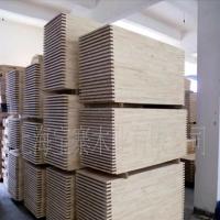 供应 工业级、家具级等不同等级进口木材