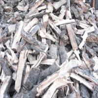 收购各种木材、劈柴