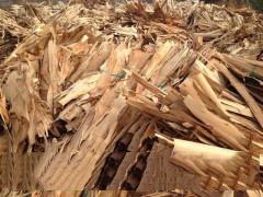 大量供应桉木刨片.木片.木浆.板边