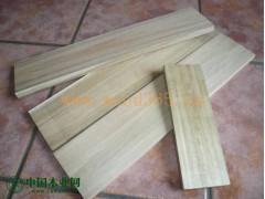 大量供应越南橡胶木、相思木、钛矿