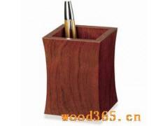 木制收腰笔筒