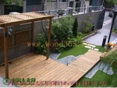 私家庭院景观木材油漆效果