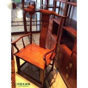 东阳家具市场非花产品书桌,餐桌,沙发,大床