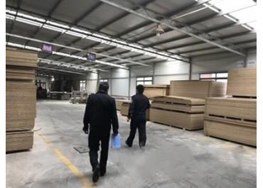 江苏启东对木材加工厂进行安全检查