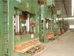 求购二手板厂热压机预压机