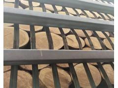 销售樟子松原木30cm起径
