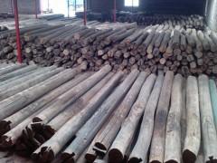 长期收购拆房老杉木、圆木、工地方料