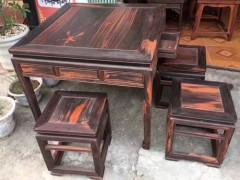 出售大红酸枝四方桌