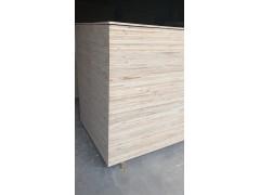 长期供应松木板