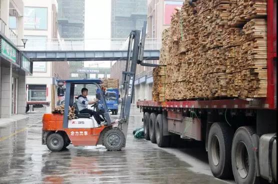 市场增速放缓,江西南康木材商积极寻找突破口