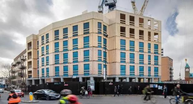 10层全木结构大楼,位于英国伦敦。整栋大楼的自重只有传统混凝土结构的五分之一