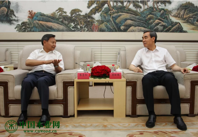 张崇和会长与马立阳副市长