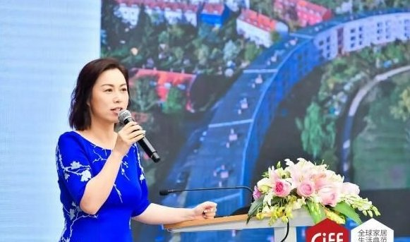 锐驰家具品牌运营总监王艳宁女士