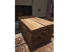 长期供应安哥拉紫檀(草花梨)烘干板材