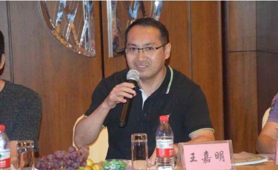 广东汇龙涂料有限公司副总经理王嘉明