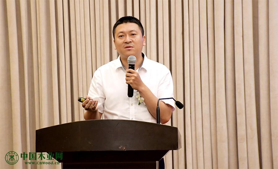 知行合一企业管理顾问公司董事长朱荣宝现场分享