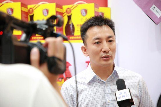 全福科技股份有限公司执行总裁杨立宁接受媒体采访