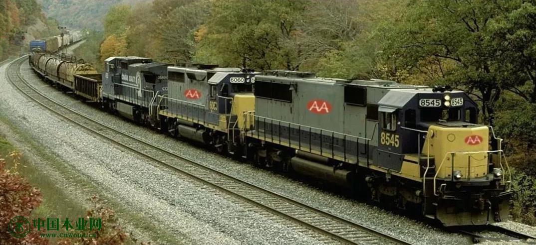 俄首列快速集装箱列车从乌法出发前往中国