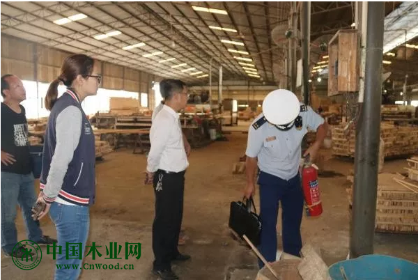 多部门联合深入乡镇木材加工厂开展消防安全检查