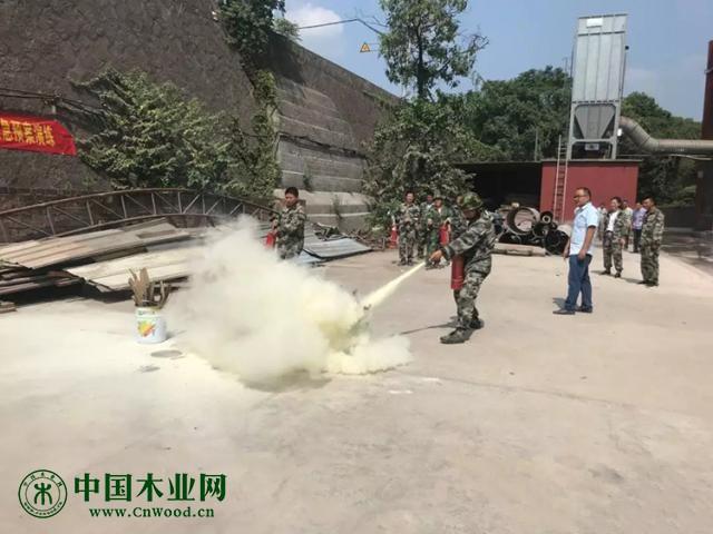 江山贺村镇开展木业行业消防安全培训