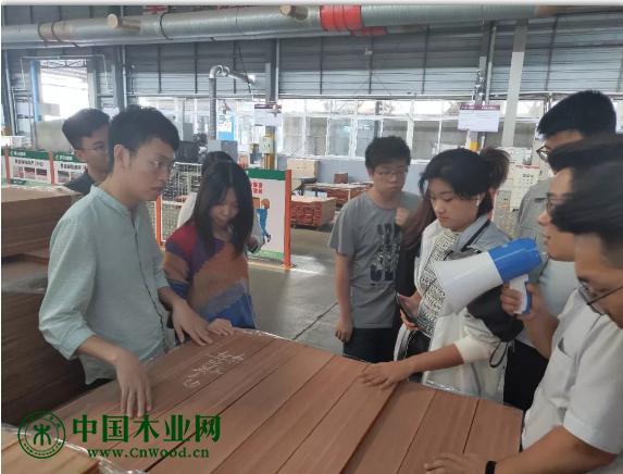 杭州亚加装饰团队到访莫干山