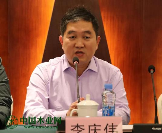 南康区家具产业促进局局长李庆伟