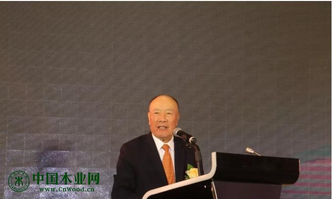 原广州市市长黎子流到会讲话