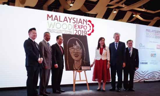 漂洋过海,为木业开启贸易大门丨首届马来西亚木工展览会吉隆坡圆满收官