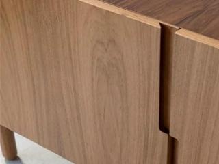 木质饰面板的特点及制作工艺