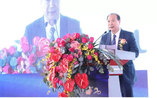 伦教木工机械商会会长刘乐球,于2019年12月6日在第20届中国顺德(伦教)木工机械博览会上致辞。