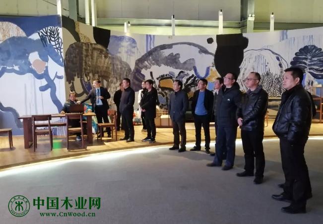 彭泽县、德安县考察团赴中林华中智能家居产业园考察