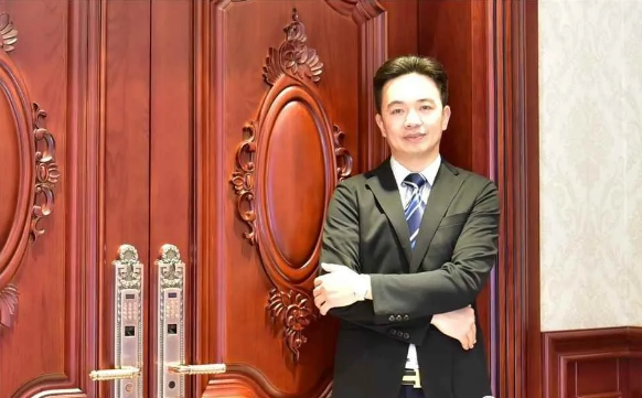 圣堡罗整体门窗董事长兼总裁吴国洪