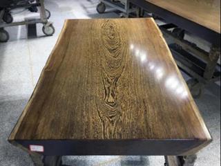 如何选择优质的实木大板?