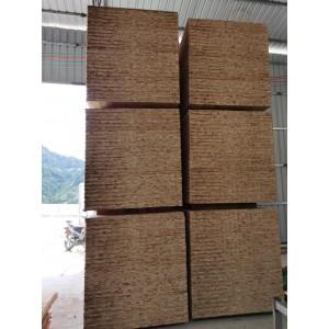 大量供应优质杉木指接板,1.22*2.44