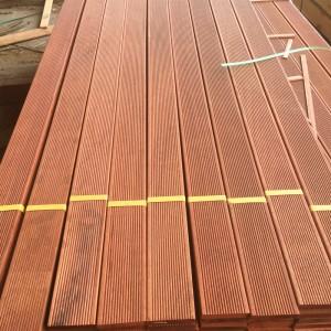 菠萝格防腐木地板 户外板材实木原木圆柱方木木龙骨公园栈道栅栏