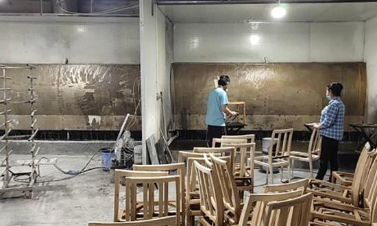 沙田一家具厂不正常运行污染防治设施被查封