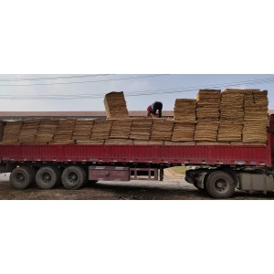 杨木三拼板皮长127宽84 厚度1.5-2.8各种质量