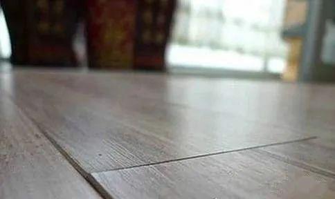 木地板鼓包是什么原因,能不能恢复?