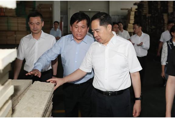 湖州市委书记马晓晖赴一线督办工作:举一反三补齐短板 全力以赴抓好整改