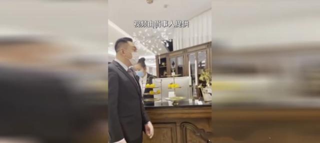 哈尔滨男子称买万元家具,三年没收到货!店家这样回复