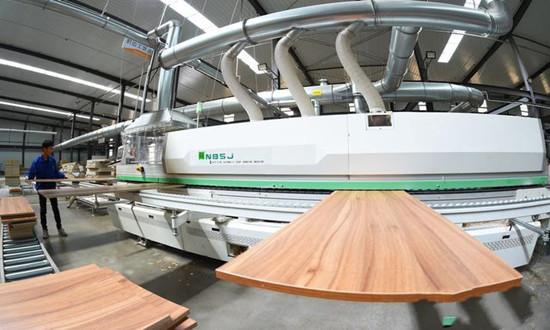 河北南宫:绿色环保促家具产业转型升级