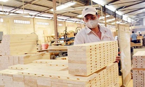 越南疫情爆发,木材工业几近瘫痪