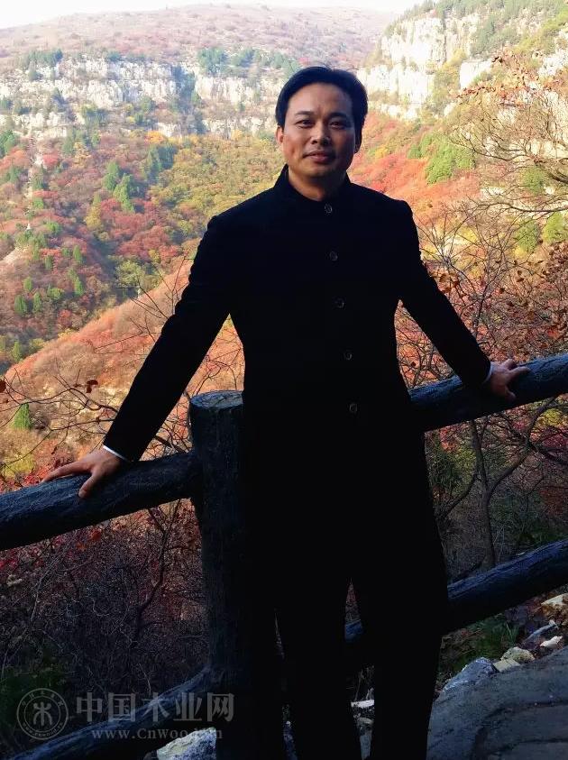 从寒门少年到木业状元,他是莆田木业帮的代表人物,拥有7家公司,产值几十亿